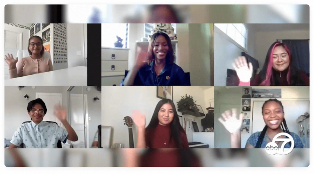 Picture from an online tutoring session with 6 participants